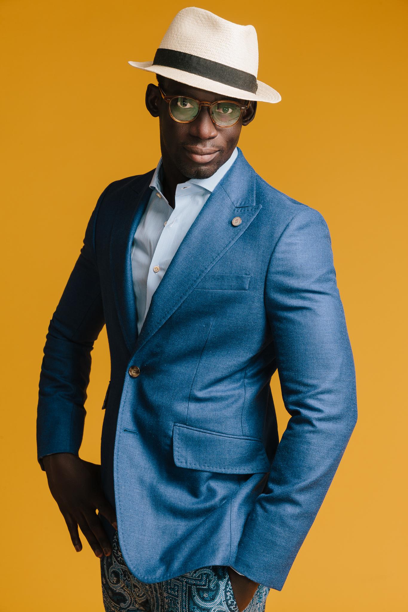 Modebild för Castor Pollux mot gul bakgrund, reklam